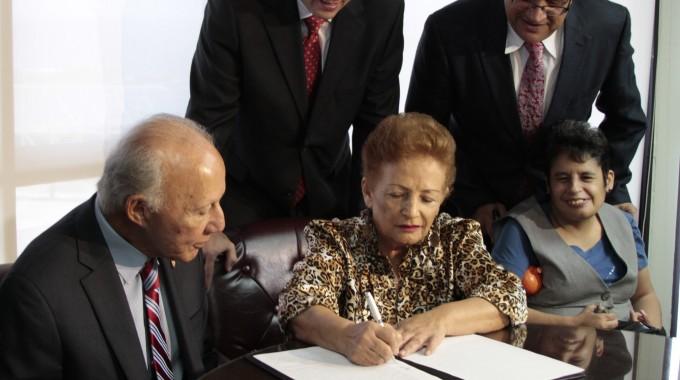 Gobierno anuncia primer acuerdo en histórico pleito de clase sobre servicios de educación especial